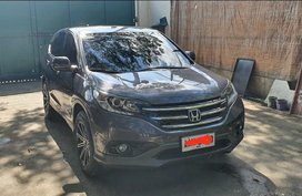 Grey Honda Cr-V 2014 for sale in Manila