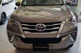 Sell Silver 2020 Toyota Fortuner in Manila