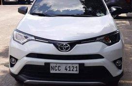 Sell White 2018 Toyota Rav in Manila