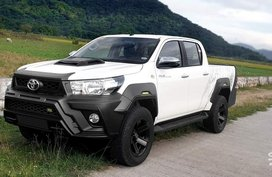 White Toyota Hilux 2020 for sale in Taguig