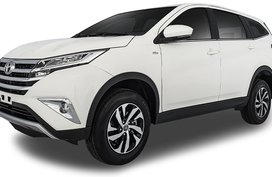 Toyota Rush White