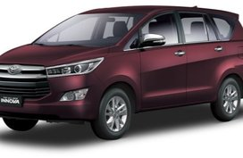 Toyota Innova Blackish Red Mica