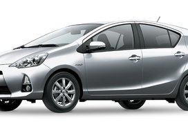Toyota Prius C Silver Metal Metallic