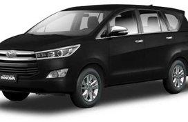 Toyota Innova Black