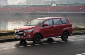 TOYOTA INNOVA E DSL AT, more than happiness you can buy
