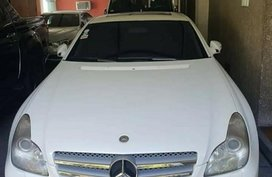 White Mercedes-Benz CLS-Class 2011 for sale in Quezon