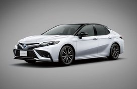 2021 Toyota Camry facelift reaches Japan