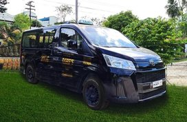 Toyota PH aids premium taxi modernization program in Cebu