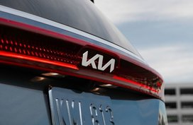 Kia new logo starts to roll out in Asia – when will the PH get it?