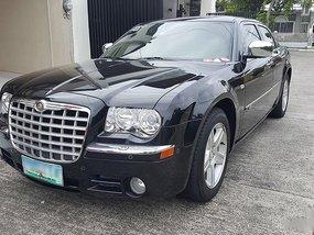 Chrysler 300 2010 P875,000 for sale