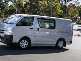 2016 Toyota HiAce: Large capacity but basic servicing