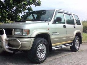 for sale Isuzu trooper big horn