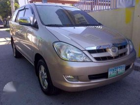 Toyota Innova G AT 2005 GOOD AS NEW