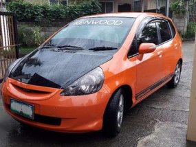 Honda Fit 1.5 Vtec (manual tranny)