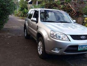 Ford Escape XLT (negotiable upon viewing)
