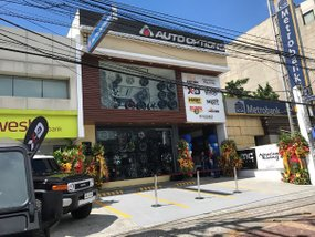 New Auto Options showroom in Quezon City