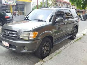 Toyota Sequoia 2004 Gray AT For Sale
