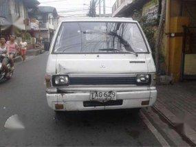 94 Mitsubishi L300 FB ALMAZORA Body