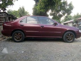 Nissan Sentra Series 3 Red For Sale