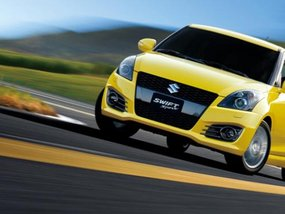 2017 Suzuki Swift Sport teased ahead of global debut in September