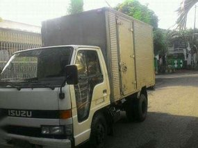 Isuzu elf 4be1 good as new for sale