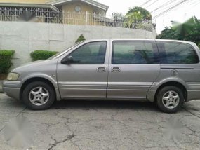 Chevrolet Heavy Venture 2001 AT Grey For Sale