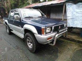 1999 Mitsubishi L200 Strada 4x4 MT Blue