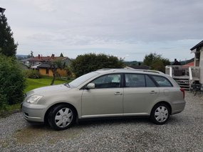 FOR SALE: Toyota Avensis 2004