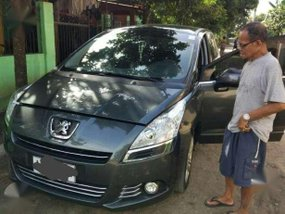 CASA MAINTAINED Peugeot 5008 2014 MODEL FOR SALE