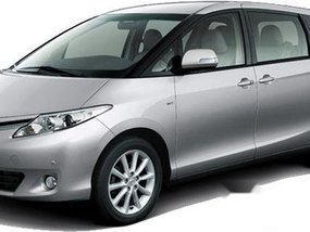 Toyota Previa Q 2017 silver for sale