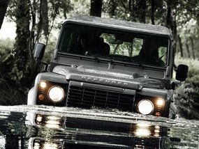 Land Rover Defender might come back by 2019