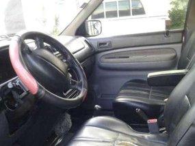 Mazda mpv suv