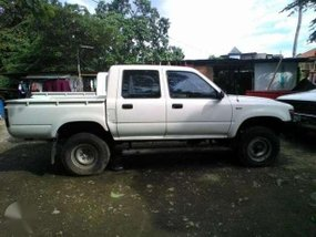 Toyota Hilux Ln106 body ready to use for sale