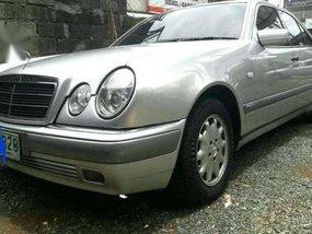 Mercedes Benz E 230-SWAP OK.