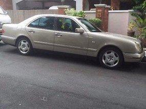 For sale Mercedes-Benz E230 1997