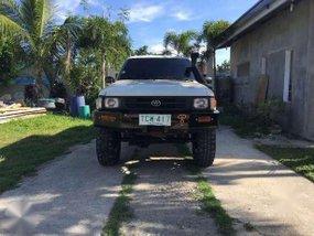 Toyota Hilux LN106 4x4 pick up