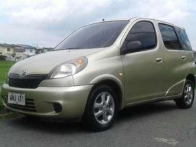 Toyota Echo Verso VVT-i MT Silver For Sale