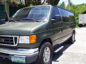 Ford Van E150 AT 2005 Green For Sale