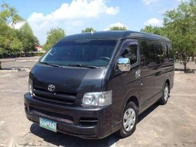 Toyota Hiace GL Grandia Diesel MT For Sale