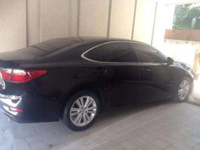Low Mileage 2013 Lexus ES350 For Sale