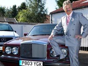 3 clever tricks for car salesmen to make more deals
