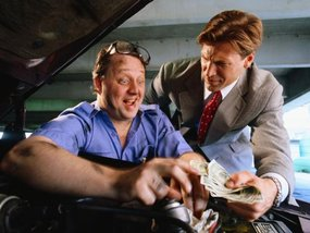 How to avoid getting ripped off with your auto repairs