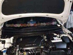 Hyundai Elantra 2013 MT White For Sale