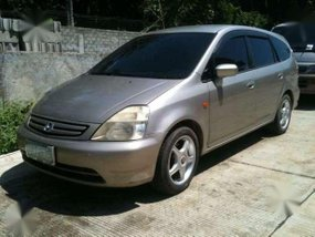 honda stream 20 4 wheel disc brake aircond 8 passenger