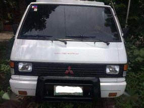Very Well Kept 2004 Mitsubishi L300 FB For Sale