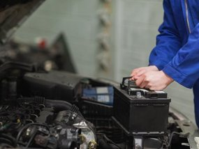 7 tips to extend car battery's life