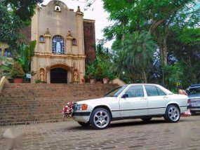 Mercedez Benz 190 E for sale