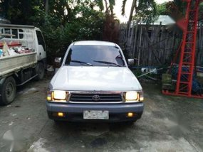 Toyota Hilux 99 for sale