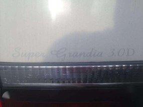 Toyota Super Grandia 3.0 2001