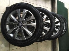 MB 2015 GL 450 (X166) Mags with Brand New Pirelli Scorpion Tires.